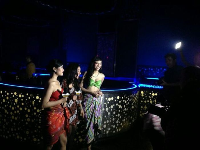 Kiligram model's at Exodus Male Trans7 BatikIndonesia Fasion Show RedBlack