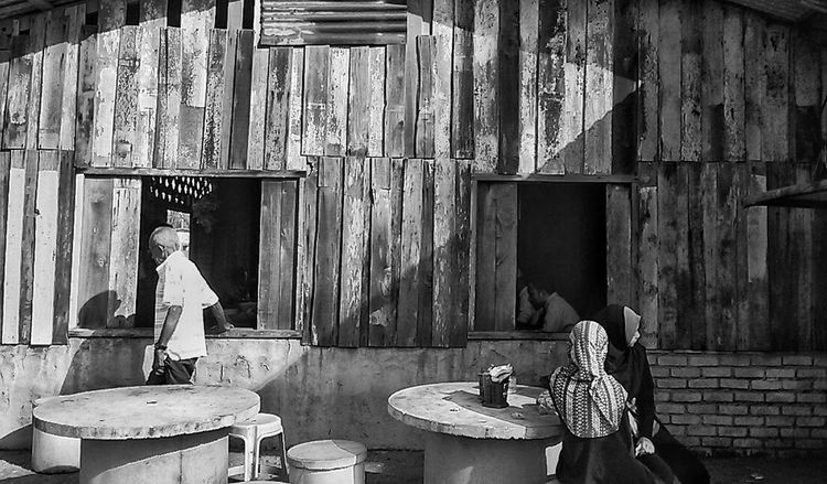 Malayculture Streetphotography Streetphoto_bw Blackandwhite Phonetography People The Week Of Eyeem Shadows & Lights Life Malaysia Terengganu The Street Photographer - 2016 EyeEm Awards Monochrome Photography