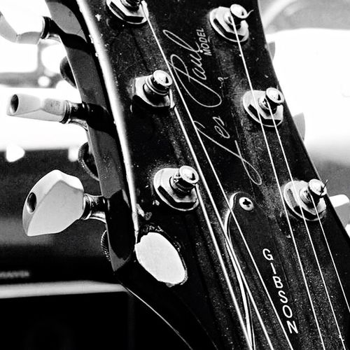 Close-up No People Guitar Gibson Les Paul EphiphoneGuitar Blackandwhite Guitar Love Guitar Player Gibsonguitars Gibson Epiphone Les Paul Classic Clavijero