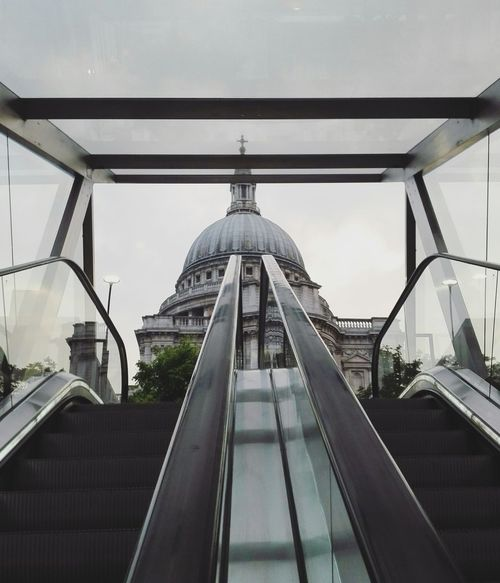 St Paul Built Structure Architecture No People Day Outdoors City Sky City Photography London Huawei Europe Streetphotography Cathedral St Paul