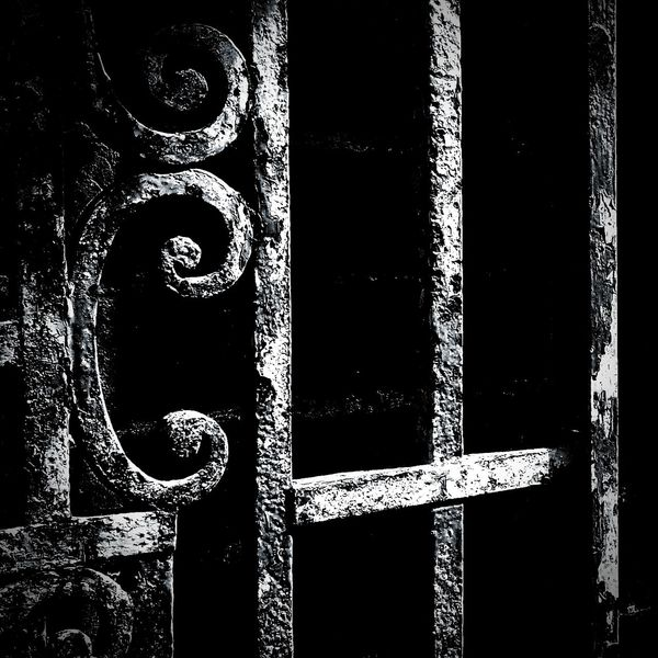 Contrastporn High Contrast Rusty Things Gate Textures And Surfaces Rust Eyeem Monochrome Blackandwhite