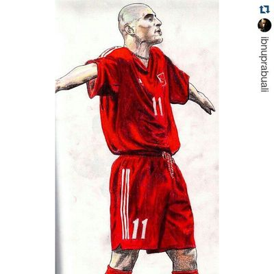 Repost @ibnuprabuali with @repostapp ・・・ Instasize Art Illustration Drawing Draw Picture Photography Artist Sketch Sketchbook Paper Pen Pencil Artsy Instaart Gallery Masterpiece Creative Instaartist Graphic Graphics Artoftheday Turkey Türkiye hasansas worldcup2002 football soccer striker