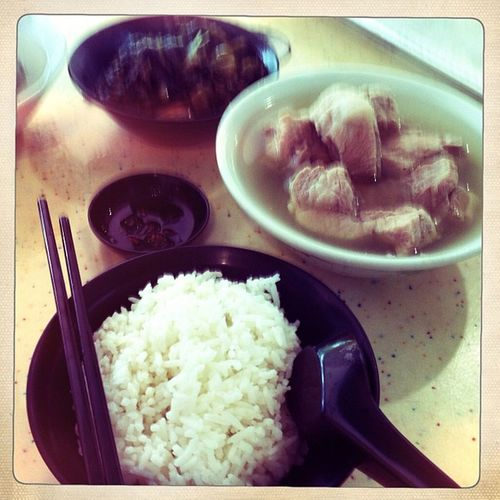 Famous bak kut teh for a simple lunch with mum