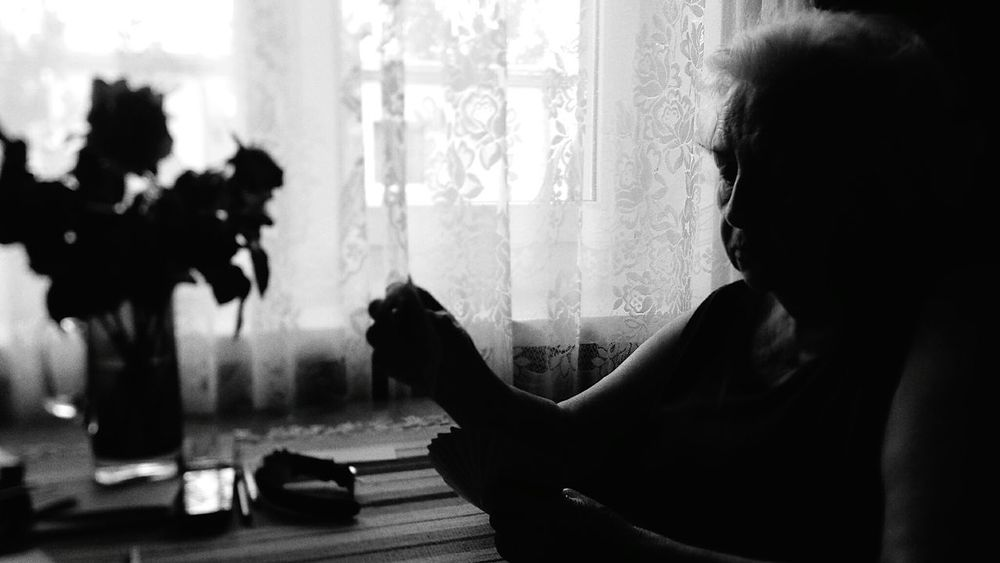 My grandmother playing rummy with me and my grandfather in Zielonka, Poland. Grandma Grandmother Grandparents Old People Cards Playing Cards Rummy People Photography Peoplephotography Blackandwhitephotography Blackandwhite Photography Black And White Photography B&w Photography Blac&white  B&w Light And Shadow Shadows Black And White Blackandwhite People Samsung Galaxy S4 Samsungphotography