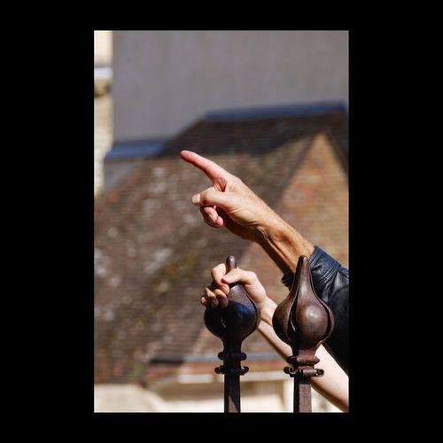 Devant le portail sud de la cathédrale de Chartres. Streetphotography EyeEm Best Shots Bestoftheday Eyem Best Shots