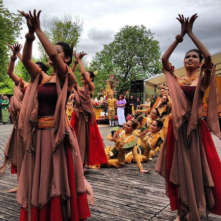 #vesakh #buddhism #munich #westüark #dance #thai Vesakh Westüark Dance Thai Munich Buddhism Westpark