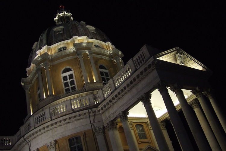 Night Travel Architecture Travel Destinations City Government Tourism No People Sky Gold Colored Illuminated Outdoors Building Feature Superga Superga (To) Torino ❤ Torino, Italy Low Angle View Architecture Torino Day Tranquil Scene
