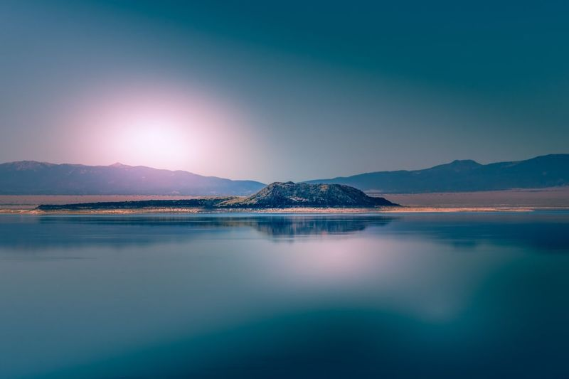 An Eye For Travel Tourism Lake Lee Vining USA Travel Travel Destinations California Blue No People Landscape Lake Sky Mountain Range Outdoors Water Nature Beauty In Nature Reflection Tranquil Scene Tranquility Scenics Mountain Mono Lake California Dreamin Summer Exploratorium