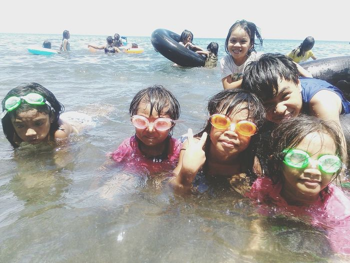 Beach Swimming Summer Family❤ Me sister & couzins.