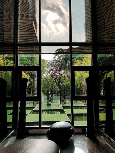 Green Thonglor Thailand Bangkok Summer Window Water Architecture Window Frame Looking Through Window Transparent Shattered Glass Skylight