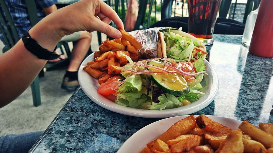 Sticky fingers Enjoying Life Outdoor Living Fries Salad Food Eating Out Summer Savoury Meal Pita Chicken Souvlaki Canal Eating Vacationing Cola Greek Food Coca Hand Appetizing  Hands Showcase July Premium Collection The EyeEm Collection Sommergefühle