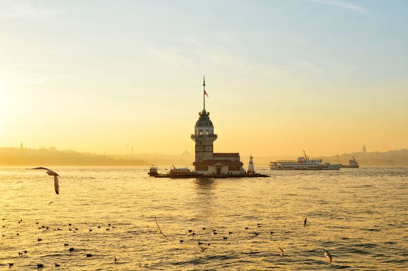 sun set in istanbul Bosphorus Maidentower Kızkulesi Turkey Photo Photography Photooftheday Photographer Photooftheweek Istanbul Uskudar Sunset Sky Outdoors Architecture Tranquility Beach Sea Water Travel Destinations Building Exterior No People Day Nature City EyeEmNewHere Colour Your Horizn Stories From The City The Architect - 2018 EyeEm Awards