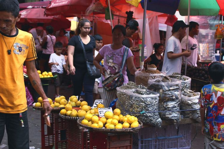 Paint The Town Yellow the busy market of Plaza Miranda Market Fruit Market Stall Food Healthy Eating Travel Freshness Food And Drink Choice Outdoors People Retail  Day Adult City Adults Only Young Adult EyeEmNewHere The Week On EyeEm Outdoor Photography