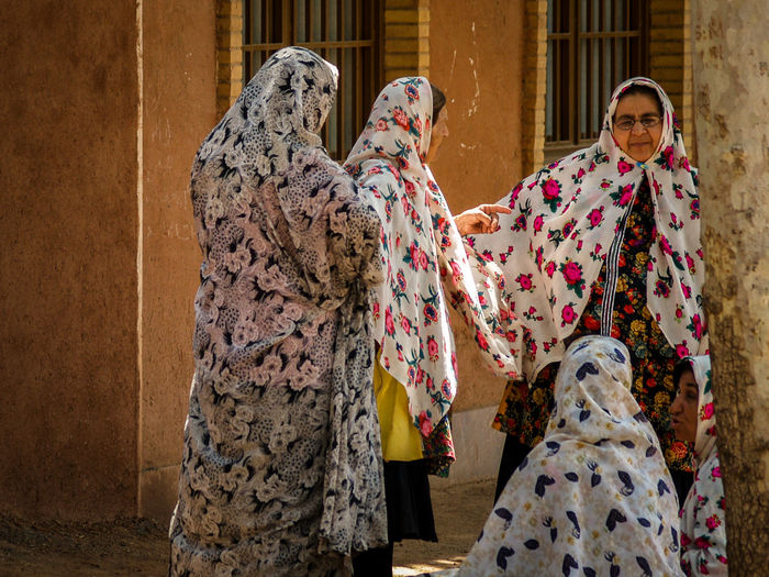 Abyani ASIA Iran Iran Street Photography Iranian People Lifestyle Middle East Multi Colored Outdoors People Streetphotography Travel Women Worldtravel