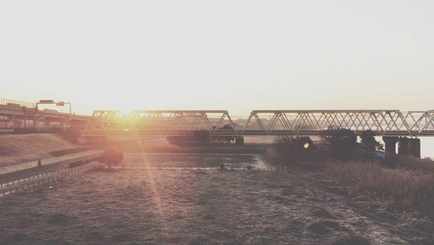 橋と荒川土手と朝日 Bridge Riverside Sunrise Fromthetrain VSCO Vscocam