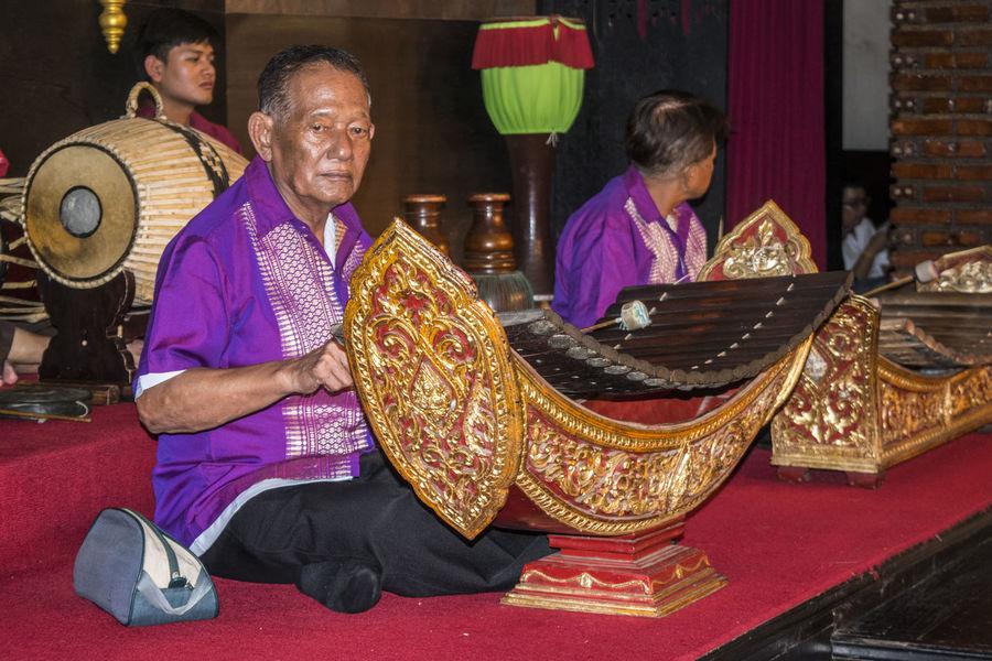 Artists Bangkok Instruments Men Music Musica Tradizionale People Persons Portrait Silom Village Thailand Thailandia Tradisional Music Tradition Traditional Art Traditional Costume Traditional Culture Traditional Instruments
