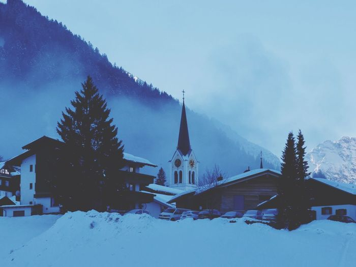 Church Snow Winter Architecture Cold Temperature Built Structure Building Exterior No People Nature Outdoors
