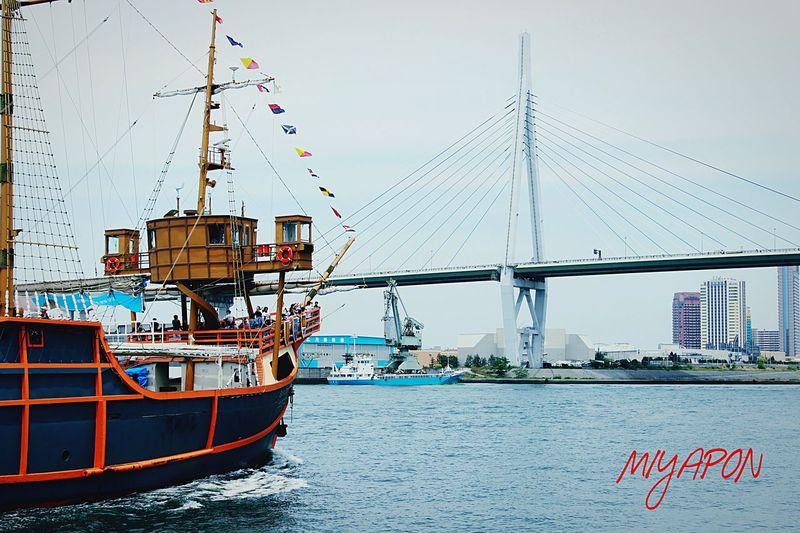 サンタマリア号、帆を降ろしていればもっと格好いいのに(^^) Oosaka  Holiday Ship