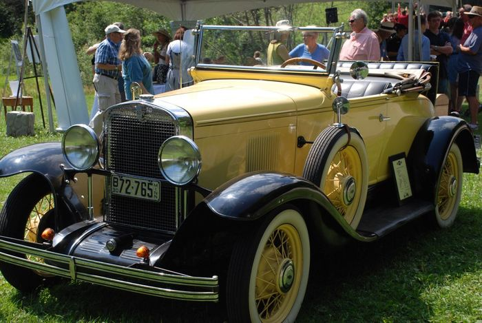 2930 Chevrolet Sport Roadster Car Auto Collector Antique Classic Car Yellow