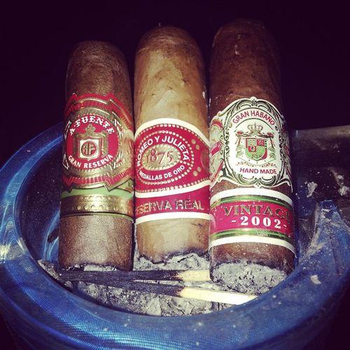Arturofuente Granhabano RomeoYJulieta Cigar Cigarporn Cigardaily Cigarworld Love Cigaraficionado Cigarsnob Botl Cigar Cigarstix Backyardcigar Stogie Botlsocal Cigaroftheweek Cigaroftheday Cigarsofinstagram Nowsmoking Cigars Boss Latenight Life Stogielove