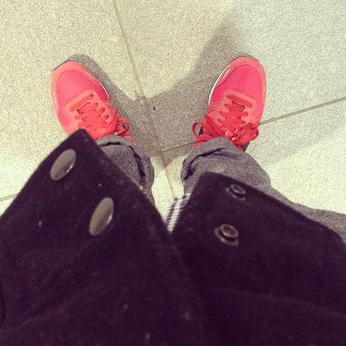 最近、みんなNBだから俺はNIKE AIR VORTEX RETROにしたっ‼︎ #NIKE #japan #AIRVORTEXRETRO Shoes Shoe Nike Kicks Japan Ootd Sneaker WDYWT スニーカー Airvortex ナイキ エアボルテックス 天邪鬼 Airvortexretro