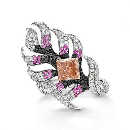 Renkli elmaslari en iyi yorumlayan marka Vaneyckjewelry ! The most successful approach of Fancycolour Diamonds is @vaneyckjewelry from Belgium 💎✨Jewelblog Hautejoaillerie FineJewelry Jewelleryaddict Jewelblog Jewelrydesigns Fashioninsta Instabelgium Mücevher Gemstones Amazing Luxury Pretty Diamond Elmas