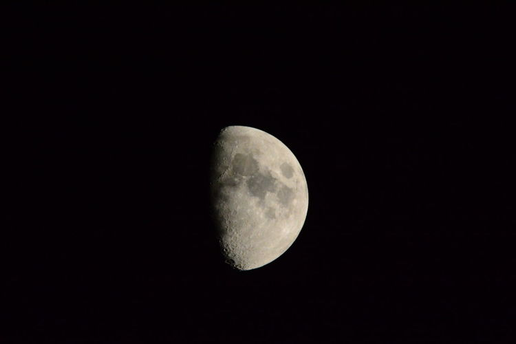Astronomy Beauty In Nature Clear Sky Close-up Copy Space Discovery Half Moon Idyllic Low Angle View Majestic Moon Moon Surface My Back Yard Nature Night No People Outdoors Planetary Moon Scenics Sky Space Space Exploration Tranquil Scene Tranquility