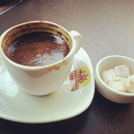 Onsuz yasayamam Cafe Türkkahvesi Yummy Hisar önü turkishcoffee