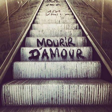 Bonne nouvelle Metro Subway Paris France Streetart Graffiti Jackleblack