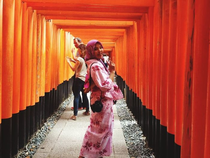 Otera Japan Photography Kimono Girl Orange Color Traveling Travel Destinations Adult People Young Adult Full Length Young Women Outdoors Adults Only The Traveler - 2018 EyeEm Awards