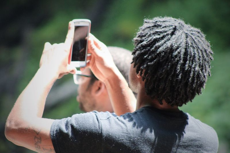Snapping selfie Selfie ✌ Selfie Portrait Selfie✌ Selfietime Taking Pictures Taking Photos Using My Mobile Using Phone Using Mobile African American Using Smartphone Taking Photos Of People Taking Photos Taking Photo