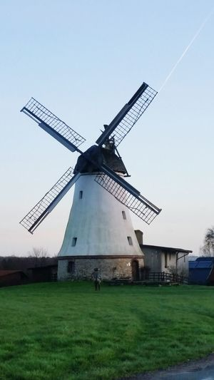 Don Quijote Windmills #photography Windmill Of The Day Windmill Old Windmill Windmills Don Quilote And The Windmill