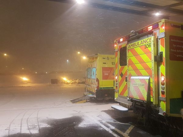 Blizzard Emergency Ambulance Ambulance Service Ambulance Service Ambulance Lights Emergency Emergency Services Hospital Hospital Life Vehicle Van Arts Culture And Entertainment Adults Only Only Men