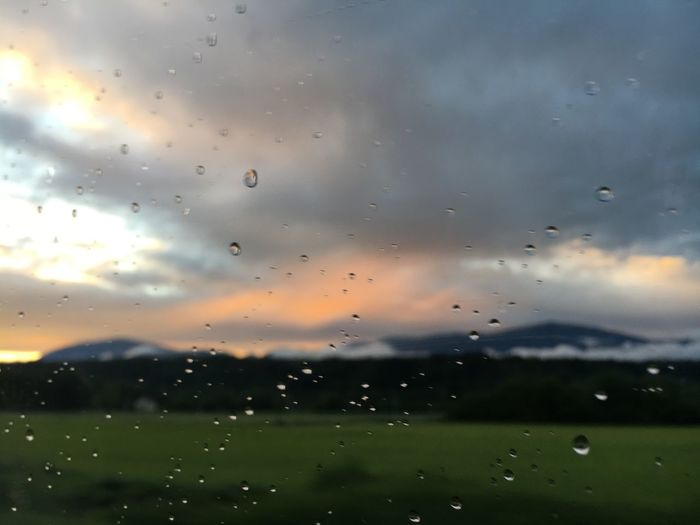 Sky Cloud - Sky Drop Nature Rain Transparent Wet Window Water No People Glass - Material Environment Beauty In Nature Sunset Scenics - Nature RainDrop Outdoors Tranquility Rainy Season