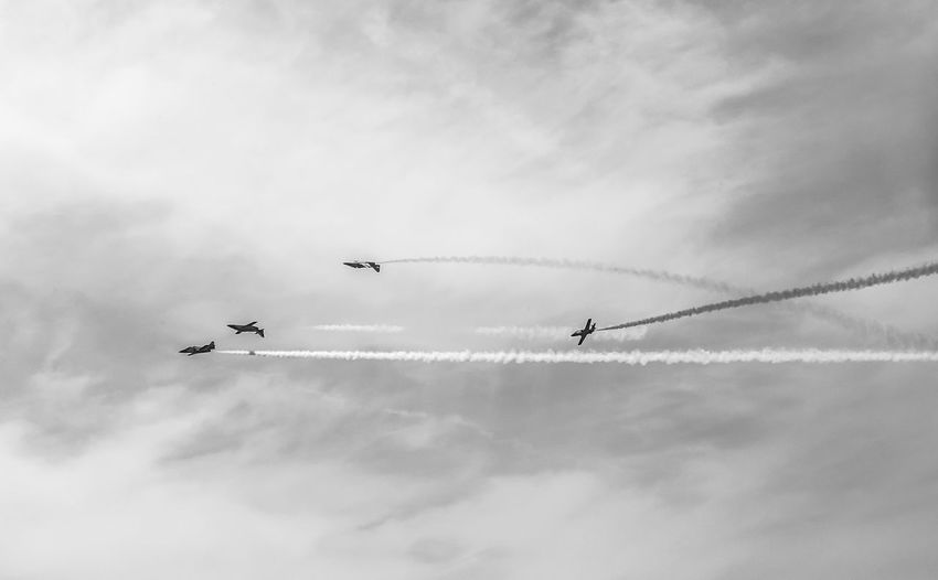 Cloud - Sky Flying Sky Cooperation Low Angle View Teamwork Airplane Air Vehicle Airshow Mode Of Transportation on the move Vapor Trail Plane Smoke - Physical Structure Fighter Plane Motion Transportation Day No People Mid-air Order Outdoors Blackandwhite Black And White Black & White Skyporn Skyporn Competition Clouds Clouds And Sky