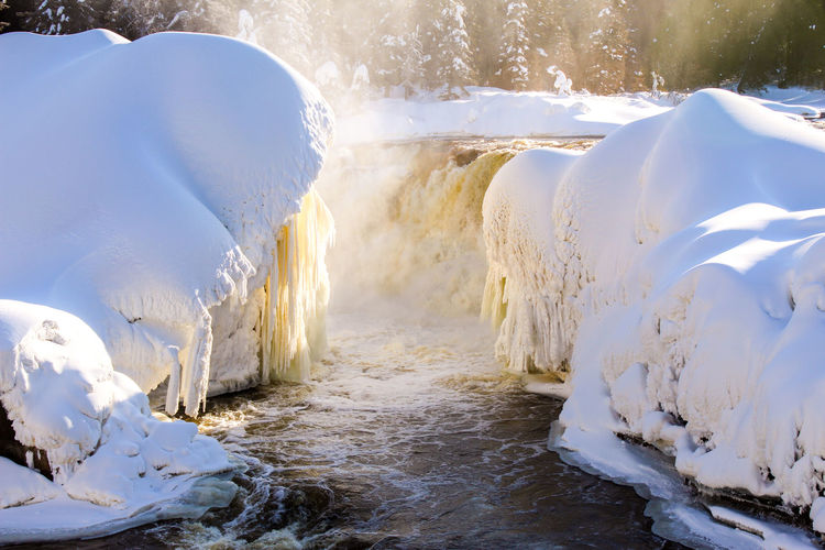 Waterfall Analogue Sound Water Snow Hot Spring Cold Temperature Winter Power In Nature Wave Sea Frozen Ice Polar Climate Flowing Flowing Water Stream - Flowing Water Stream Arctic