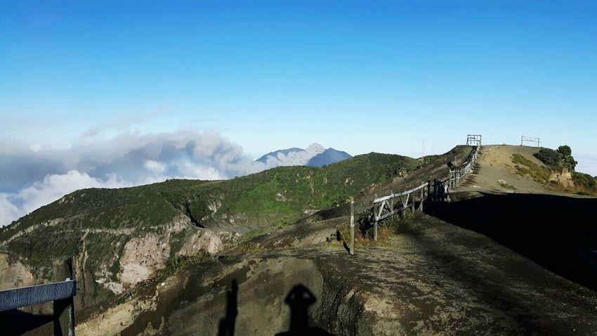 Volcán Irazú-Volcán Turrialba