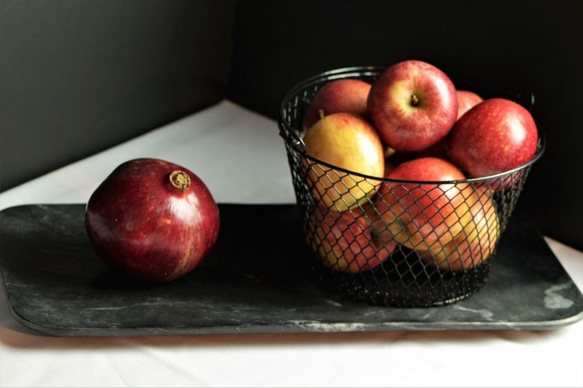 Apple - Fruit Apples Pomegranate Still Life Moody Photography StillLifePhotography Foodphotography Foodphotographer EyeEm Selects Fruit Apple - Fruit Healthy Eating Freshness Indoors  Red