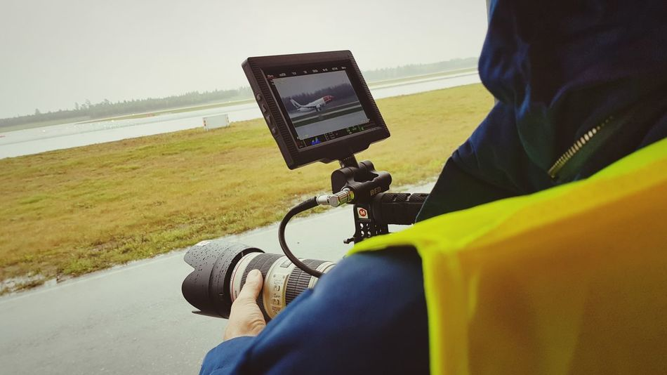 filming planes Airport Airport Runway Runway Plane Planespotting Departure Flying Red Camera Filmproduction Oslo Canon Lens Transportation Logistics Focus Airbus Cargo EyeEmNewHere EyeEm Selects One Person People Adult Adults Only One Man Only Photography Themes Technology Camera - Photographic Equipment Outdoors Human Body Part Wireless Technology Sky