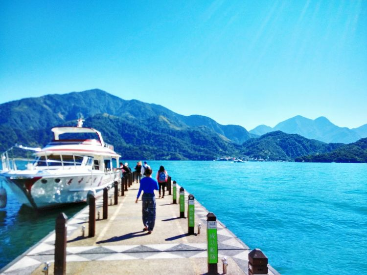 Can't stop my love with this pic♥ Taiwan Sunmoonlake Reallybeautifulplace Beautifulnature