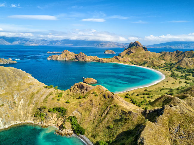 Aerial view of two beaches on Pulau Padar island in between Komodo and Rinca Islands near Labuan Bajo in Indonesia. DJI X Eyeem DJI Mavic Pro Dragon Flores Island INDONESIA National Park Tourist Travel Travel Photography Aerial Aerial Photography Aerial View Destination Dji East Nusa Tenggara Flores Komodo Labuan Bajo Landscape Padar Pulau Rinca Tourism Tropical Vacation
