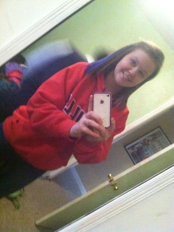 Noones goin to make this beautiful smile go away ;)