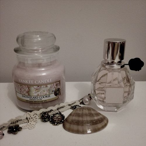 Yankee Candle Snowflake Candie Flower Bomb Birthday Present