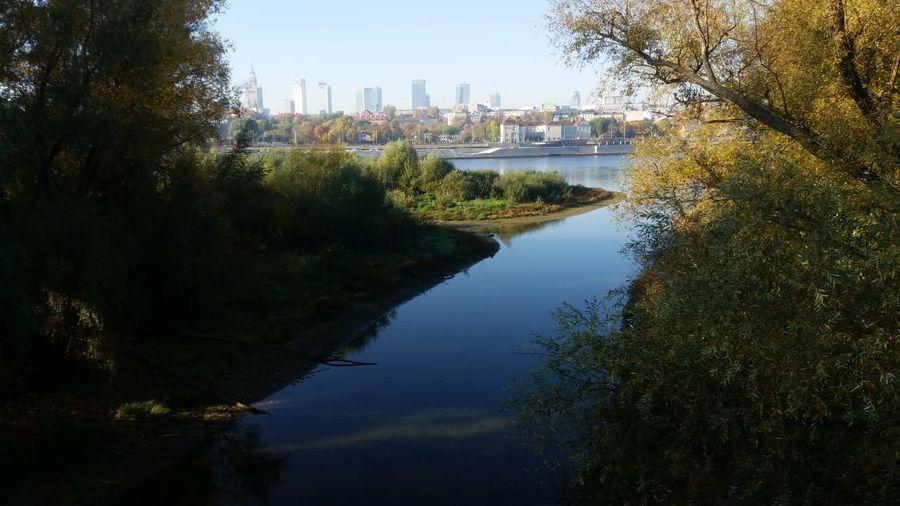 city Riverbank