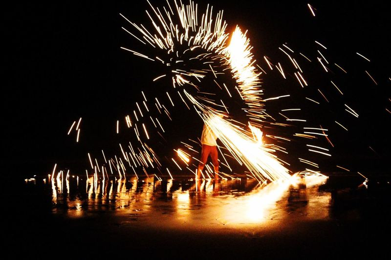 Steel And Wool On The Beach Fire Sparks Taking Photos Fire Photography Sparks Fly