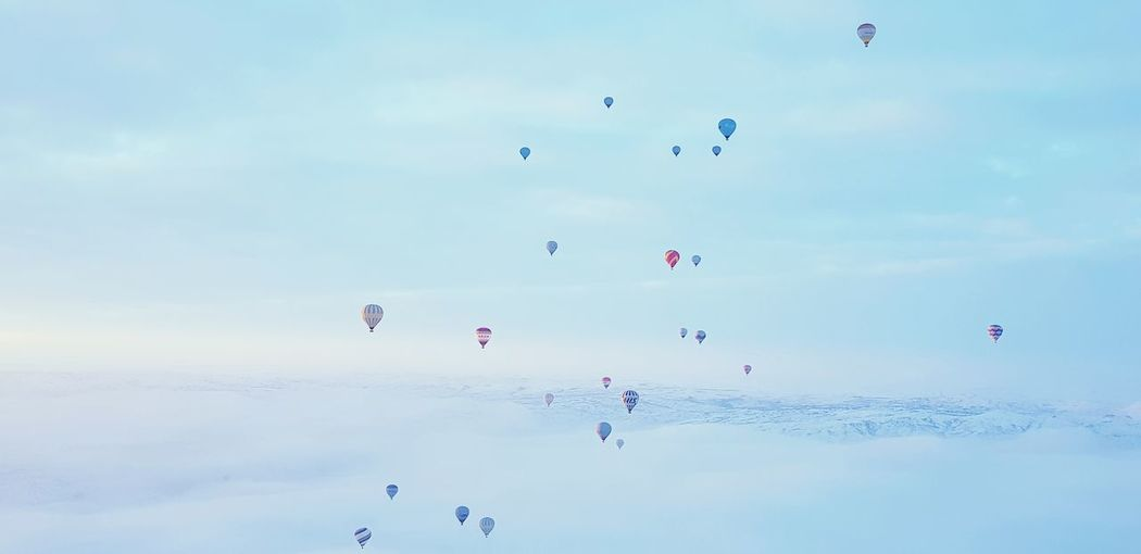Balloons Flying