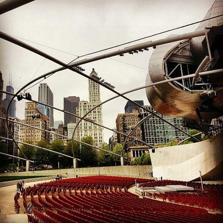 I luv this city Chicago Millenniumpark ScavengerHunt Skyline