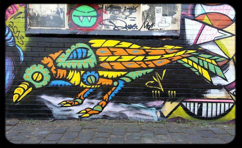 Bird Graffiti by artist Facter Streetart