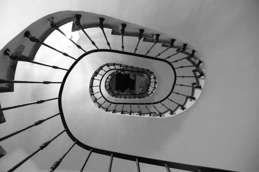 @LucianaLopezRec Architecture Beautifully  Beautifully Flawed Beautifully Organized Beautifully Organized Canon Beautifully Organized, Black Black & White Black And White Black And White Collection  Black And White Photography Black&white Blackandwhite Blackandwhite Photography Blackandwhitephotography No People Spiral Spiral Stairs My Year In View My Year View My Year My View EyeEm Gallery Mobile Photography Taking Photos Beauty In Nature EyeEm Nature Lover Outdoor Photography Black And White Photography Bnw_captures Treegasmic Tuesday Eyem Gallery Tree Branches My Year My View EyeEm Selects
