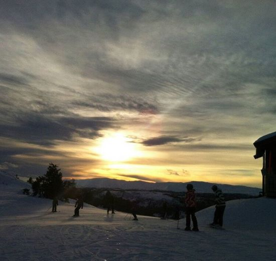 Feel The Journey Ski Norway Amazing Sunset Lovely Friends Happy Family Amazing View Beautiful Day Good Life Snowboard Snow Cold